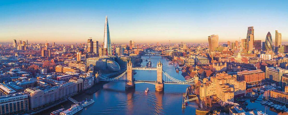 River Thames with London Bridge